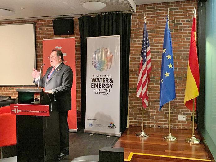 """Es hora de transformar los compromisos en acciones concretas"""", expresó el director paraguayo de la Binacional"""